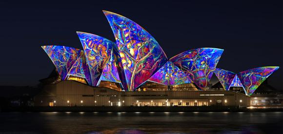 Spectacular lighting of the Sydney Opera House
